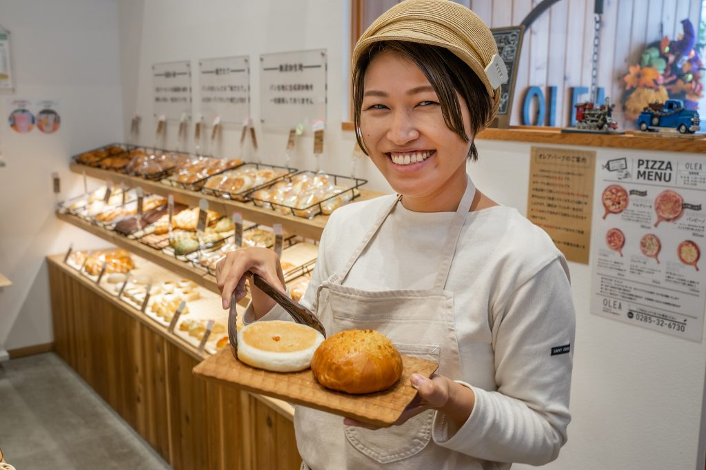 小山市OLEAパン笹井しもつかれパン